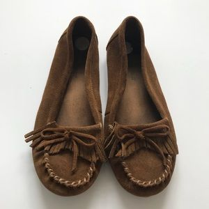 Minnetonka Moccasins Women's 9 Brown Loafer